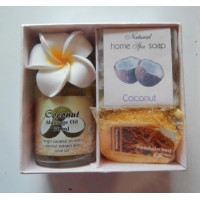 Aroma Terapi in bali coconut message oil