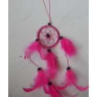 Dreamcatcher warna merah cerah