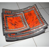 Mosaic warna orange hitam