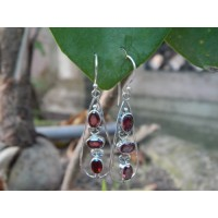 Anting Perak Batu Garnet Faceted