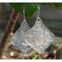 White clam carved silver earrings Bali
