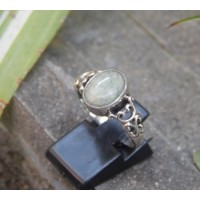 Bali silver ring carved stone translucent labradorite