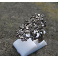 Simple silver ring florals
