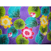 Bed Cover Medium Motif Bunga Warna Warni